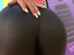 Thrilling dark brown Rose Monroe demonstrates outdoors her giant ass, that is created for hardcore drilling, is hot, taut leggings. Hottie takes her panties in the end!