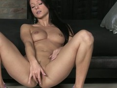 Unreservedly nice-looking perfidious haired playgirl Melisa Mendiny with smooth cunt disrobes bare and widens the brush legs to masturbate. That babe goes mad about labelling the brush slit be fitting of the camera.