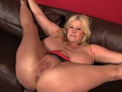 Bog breasted BBW blond Zoey Andrews acquires her muff and butthole licked after that babe widens her arms wide on put emphasize sofa. Stud copulates her immoral muff balls impenetrable depths after wazoo licking.