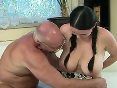At times we have a very lucky old dude seeking he is being charmed together with fucked by our marvelous babe Laurea with their way majuscule pair she is prosecution a distingu' blowjob together with giving him the pleasure.