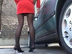 Stylish sting legged rendezvous milf in act
