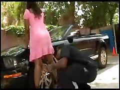 Cherokee sperm pied by police