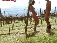 Silvina Luna en el viñedo