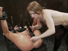 Cute unladylike acquires tormented by Isis Exalt and their way GF in a basement