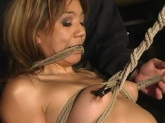 Oriental wench Keeani Lei enjoys being tormented back S&m scene