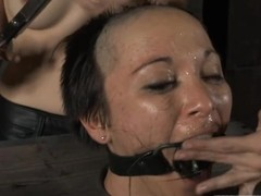 Hot catholic receives her smooth contraband whipped by means of torture