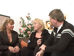 German housewife likes to get fucked enduring